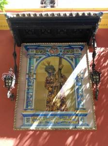 El retablo cerámico del Señor del Gran Poder, de la Plaza de San Lorenzo
