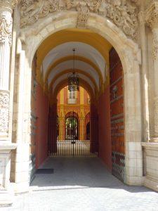 El Palacio Arzobispal y la Hermandad de las Penas